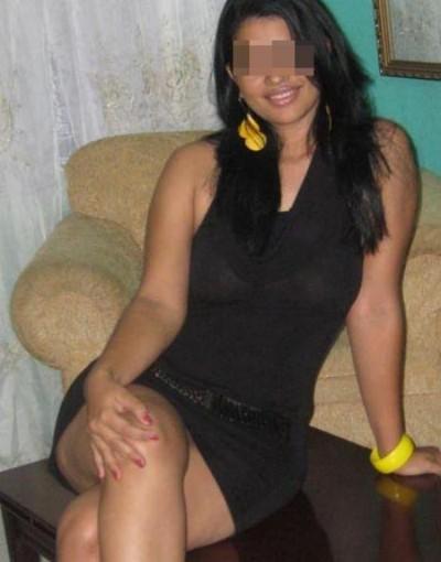 Belle fille sans tabou veut des queues bien épaisses à pomper à Biganos