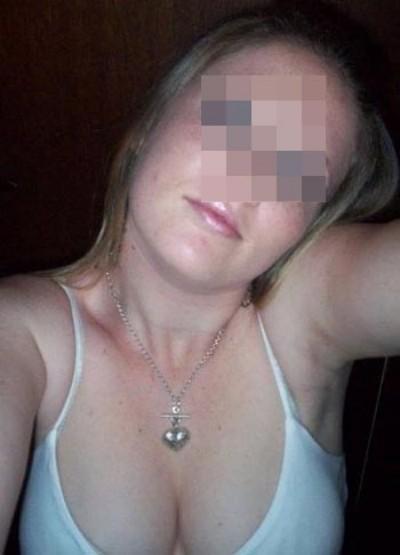 Femme accro au sexe recherche un mec pour niquer à Villenave-d'Ornon